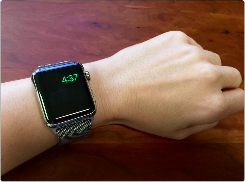 Нажмите боковую кнопку на apple watch и выключите часы.